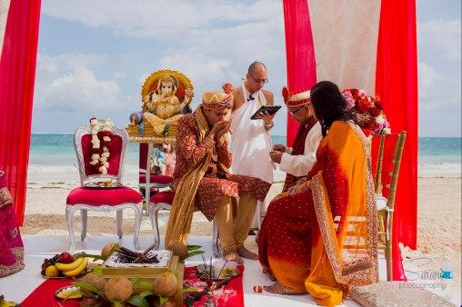 monisha-gaurav-32